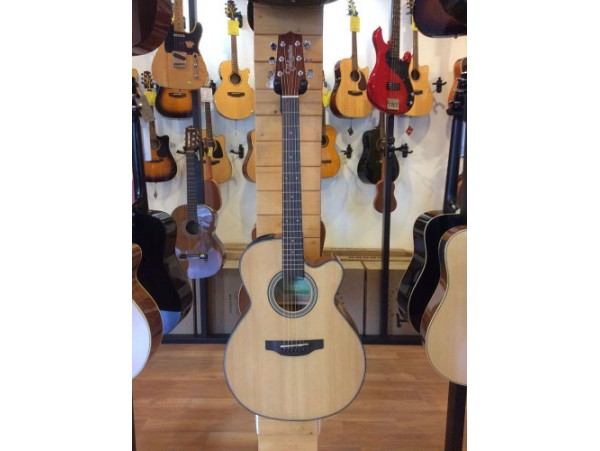 Đàn guitar Takamine ED1NC